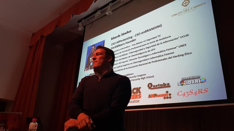 D. Eduardo Sánchez Toril, profesor en el IES Fidiana, CEO de AllPentesting, CSO de onBranding y responsable de la comunidad Hack&Beers.